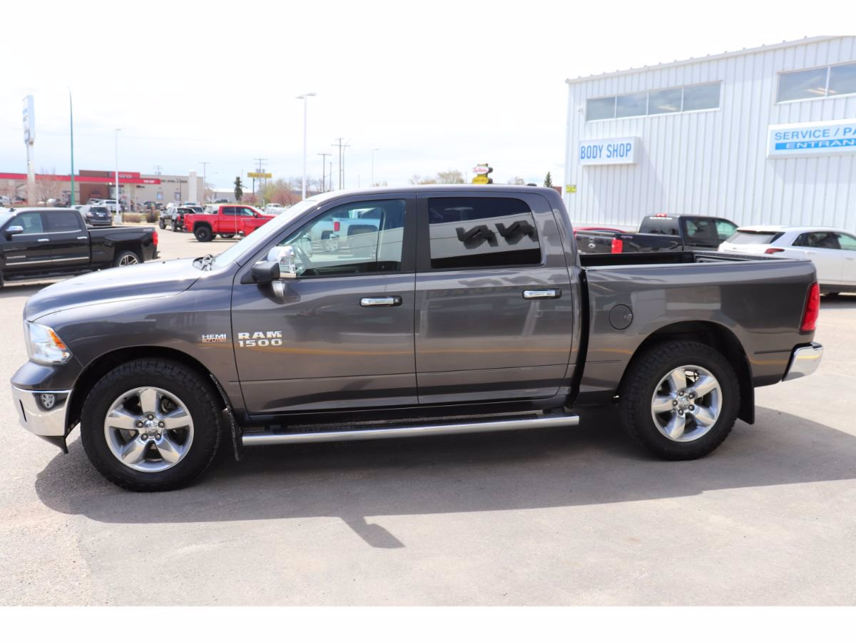 Pre-Owned 2015 Ram 1500 Big Horn | Rear View Camera, Heated Wheel.