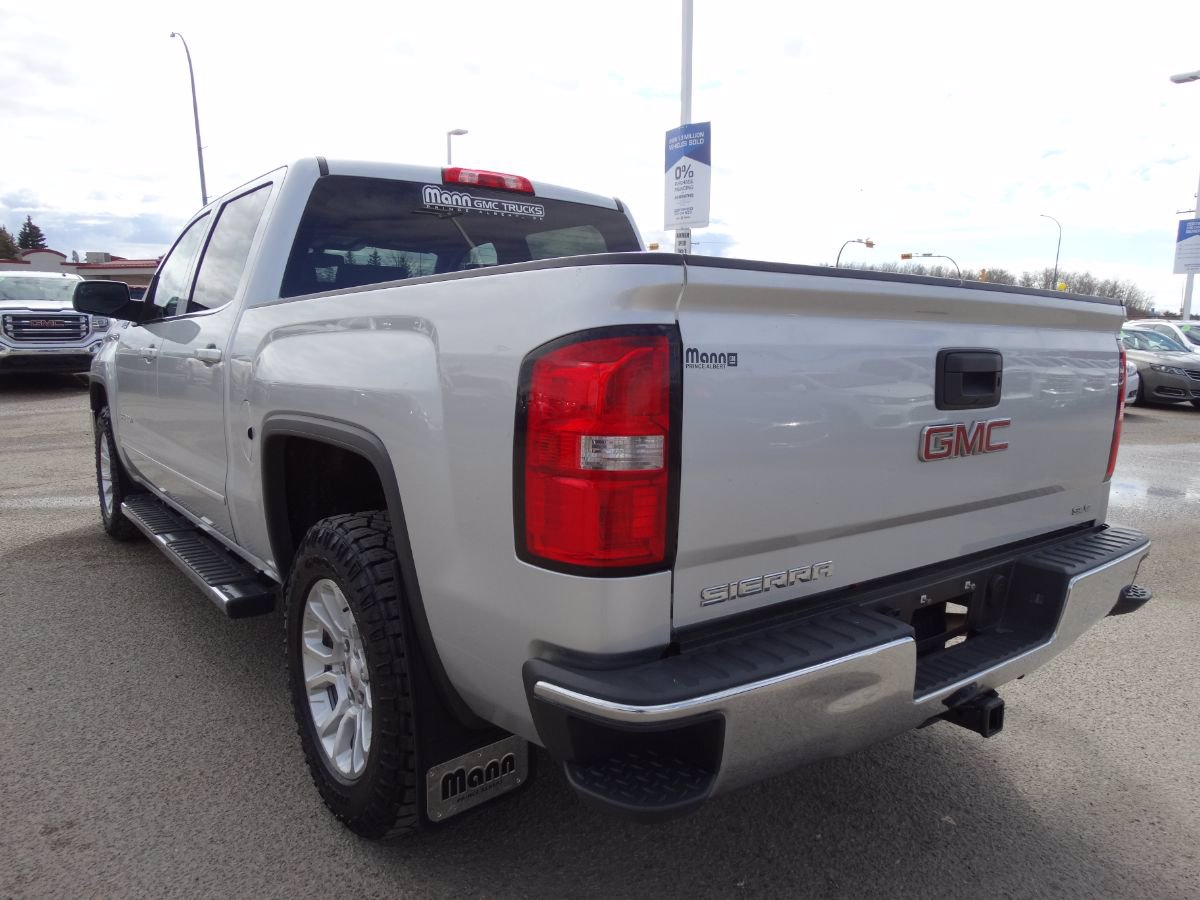 Pre-Owned 2015 GMC Sierra 1500 SLE | One Owner, No Accidents.