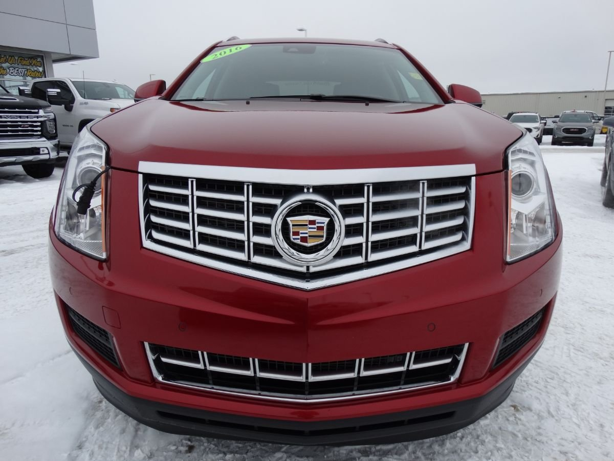 Certified Pre-Owned 2016 Cadillac SRX Luxury | One Owner, Front/Rear Park Assist.