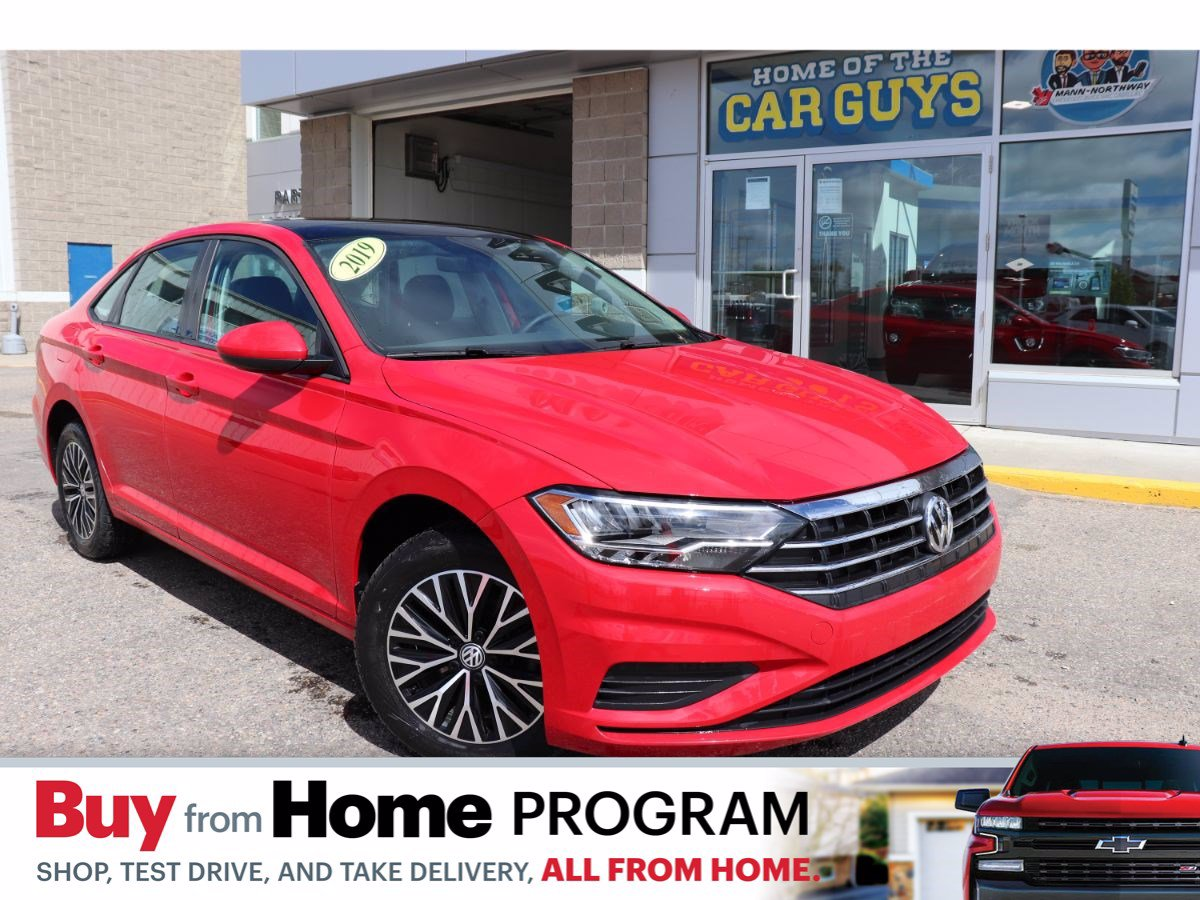 Pre-Owned 2019 Volkswagen Jetta Highline | Moonroof, Heated Seats.