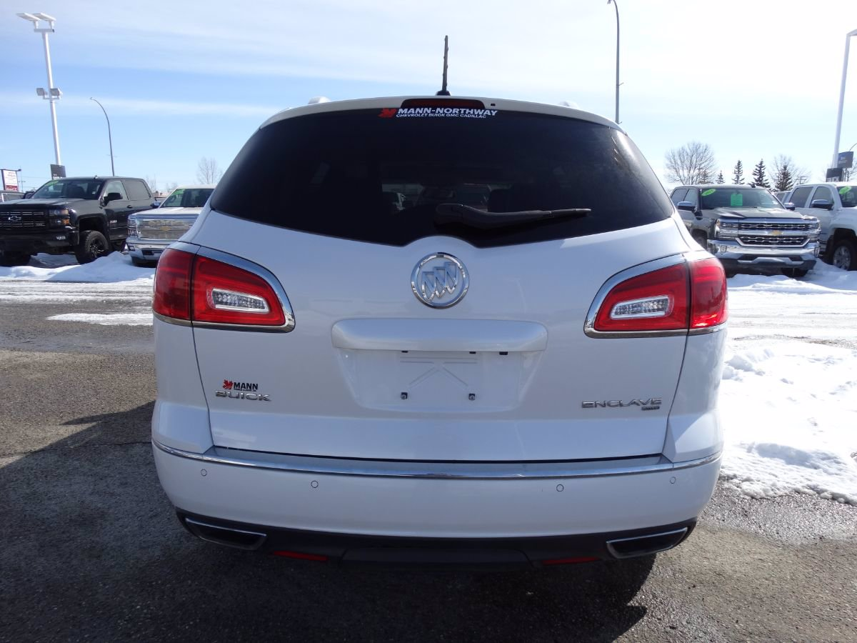 Certified Pre-Owned 2017 Buick Enclave Prefered | Heated Wheel, Park Sensors.