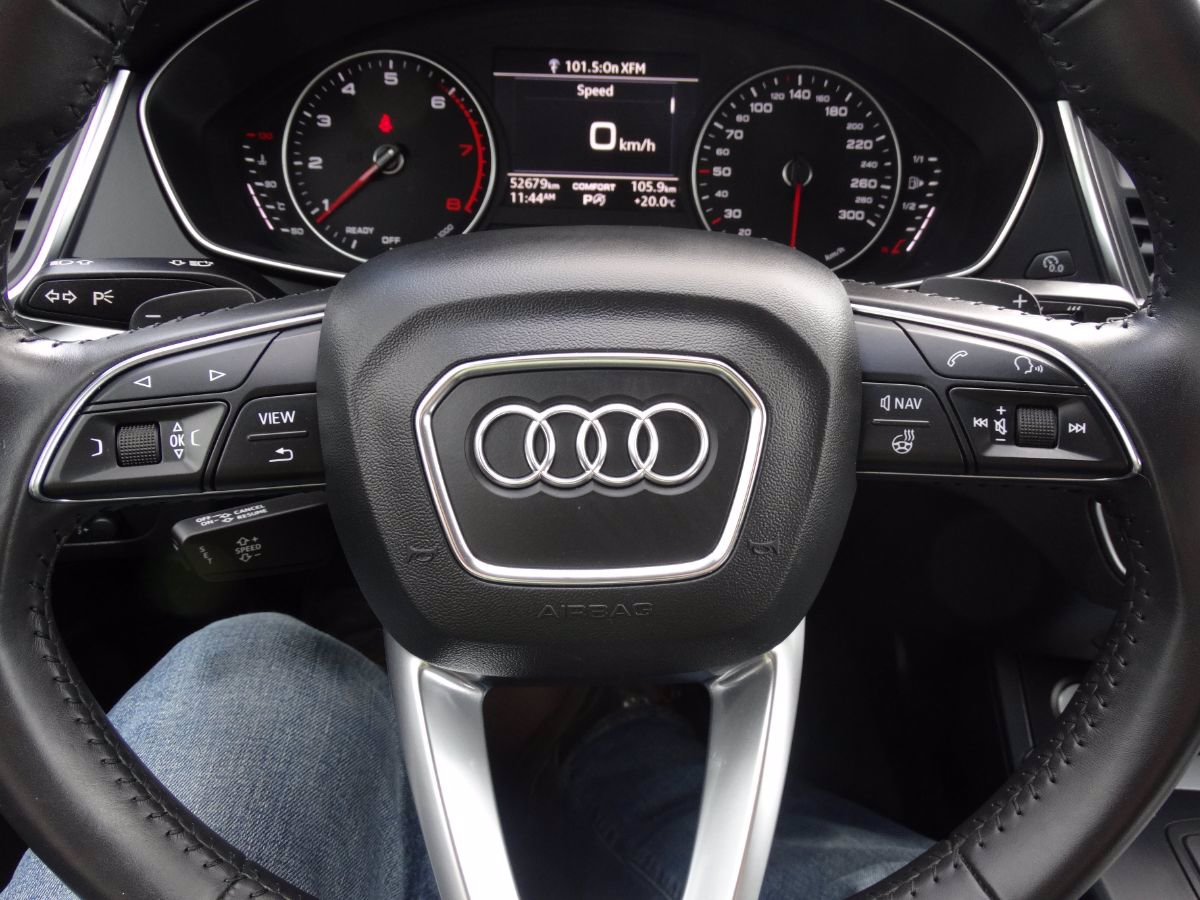 Pre-Owned 2018 Audi Q5 Komfort | No Accidents, Heated Seats.